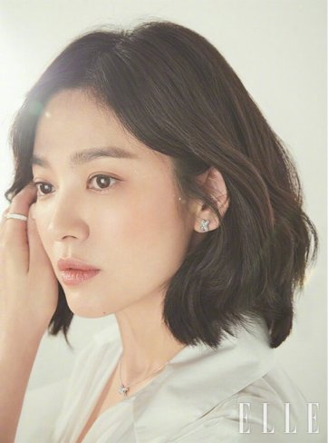 Song Hye-kyo ELLE Korea March 2019-5