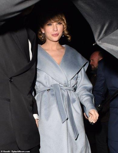Taylor Swift in Stella McCartney and Max Mara-4