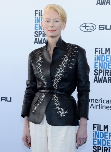 Tilda Swinton in Haider Ackermann Spring 2019-1
