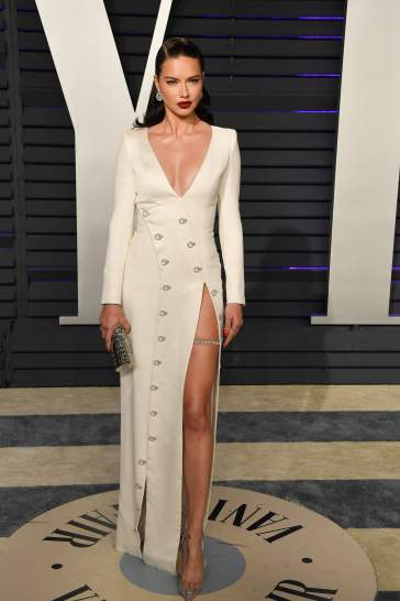 Adriana Lima in Ralph & Russo Fall 2018 Couture-2