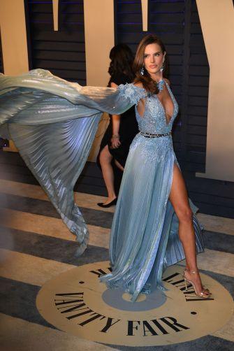 Alessandra Ambrosio in Zuhair Murad Spring 2019 Couture-3