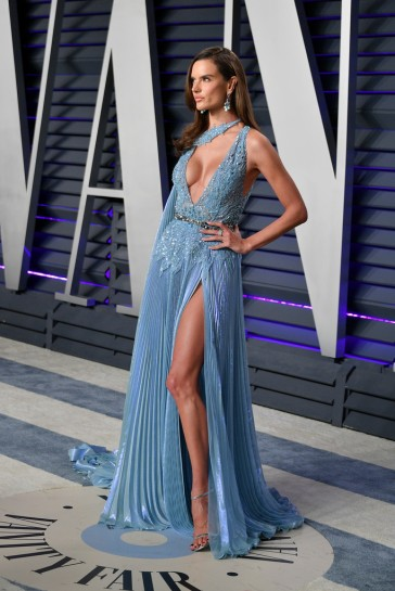 Alessandra Ambrosio in Zuhair Murad Spring 2019 Couture-4