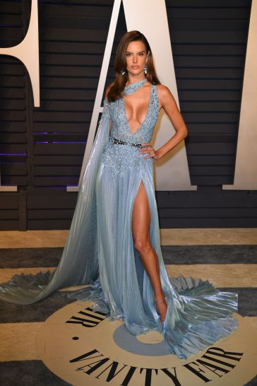 Alessandra Ambrosio in Zuhair Murad Spring 2019 Couture