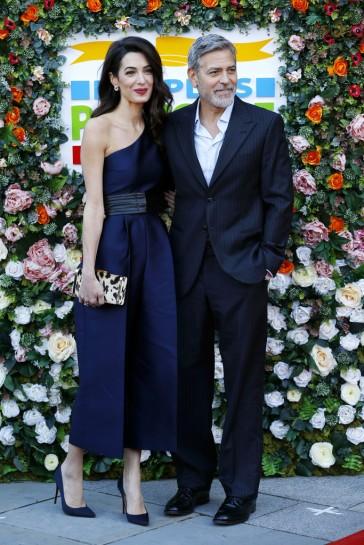 Amal Clooney in Stella McCartney-7