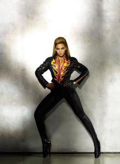 Beyoncé X Mugler-1