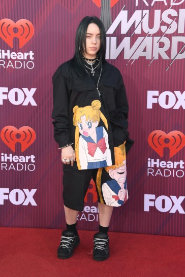 Billie Eilish-3
