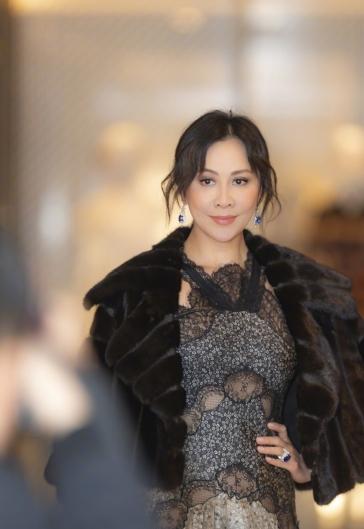 Carina Lau in Fendi Pre-Fall 2019-4