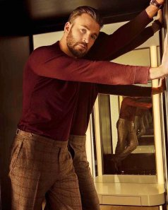 Chris Evans The Hollywood Reporter April 2019-4