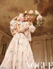 Claudia Schiffer & Sasha Pivovarova & Grace Elizabeth X Vogue China May 2019-3
