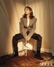 Ella Chen for Vogue Taiwan March 2019-2