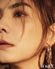 Ella Chen for Vogue Taiwan March 2019-4
