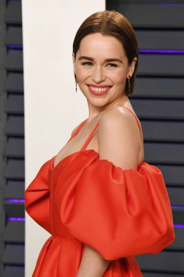 Emilia Clarke in Rosie Assoulin Fall 2019-1