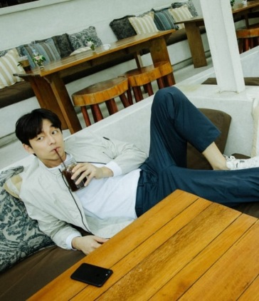 Gong Yoo for Discovery Spring 2019 Campaign-8