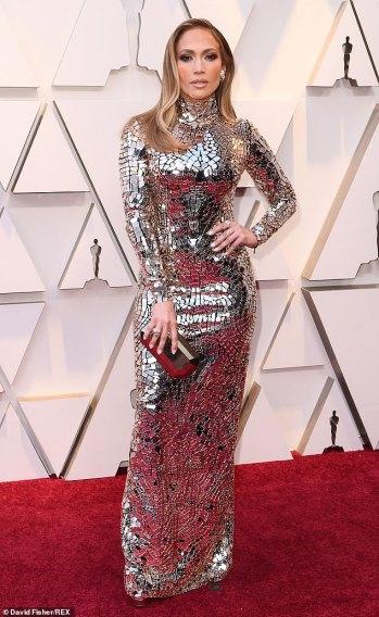 Jennifer Lopez in Tom Ford-6