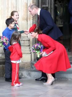 Kate Middleton in Catherine Walker-7