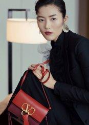 Liu Wen in Valentino Spring 2019-5
