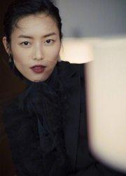 Liu Wen in Valentino Spring 2019-8