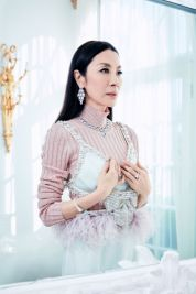 Michelle Yeoh ELLE US February 2019-1