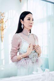 Michelle Yeoh ELLE US February 2019-1