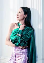 Michelle Yeoh ELLE US February 2019-4