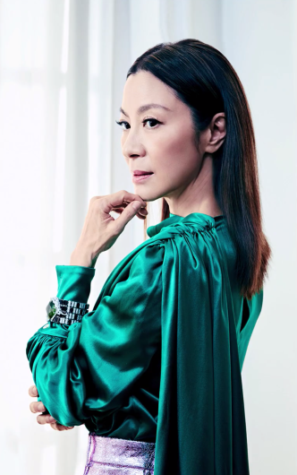 Michelle Yeoh ELLE US February 2019-5