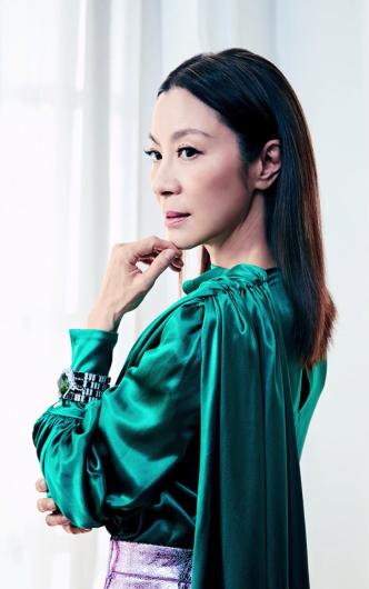 Michelle Yeoh ELLE US February 2019-5