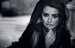 Penélope Cruz Vogue Spain April 2019-3