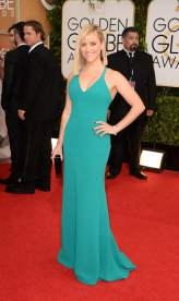 Reese Witherspoon at the 2014 Golden Globes in Calvin Klein
