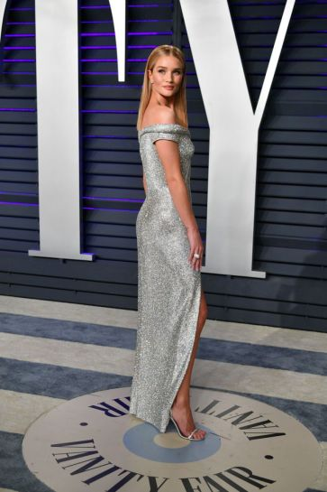 Rosie Huntington-Whiteley in Atelier Versace-5