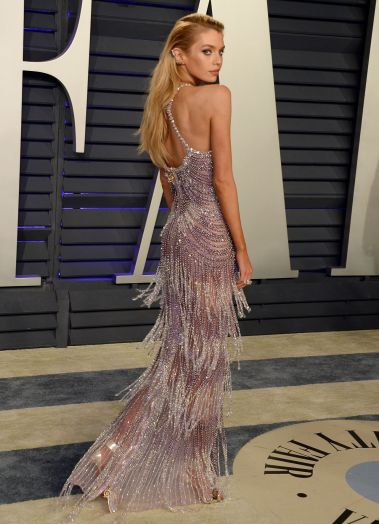 Stella Maxwell in Atelier Versace Fall 2018 Couture-4