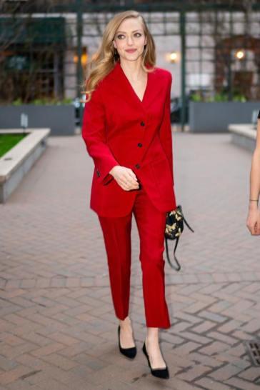Amanda Seyfried in Prada-2