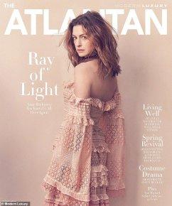 Anne Hathaway Modern Luxury April 2019-5