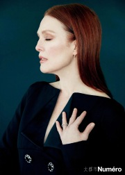 Julianne Moore for Numéro China May 2019-1