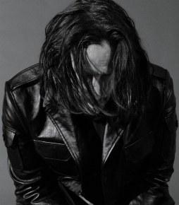 Keanu Reeves GQ US May 2019-3