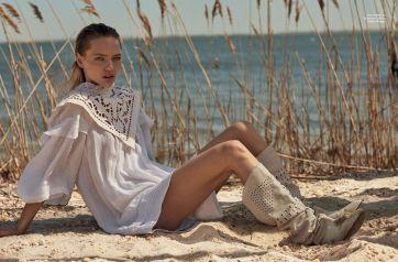 Sasha Pivovarova for Vogue Greece May 2019-2