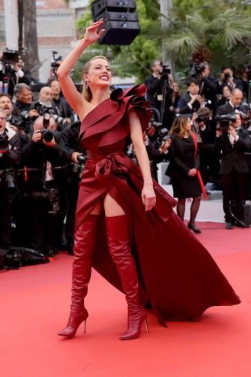 Amber Heard in Elie Saab Fall 2019-5