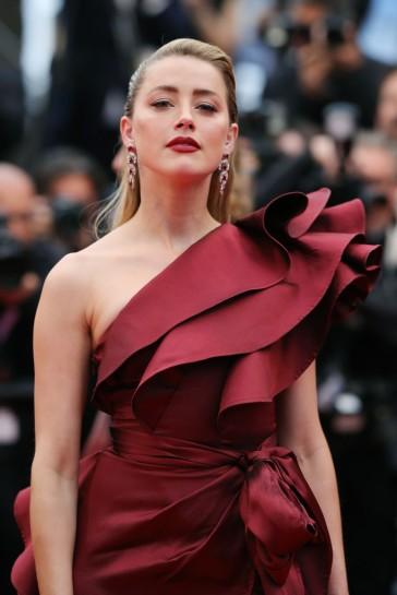 Amber Heard in Elie Saab Fall 2019-7