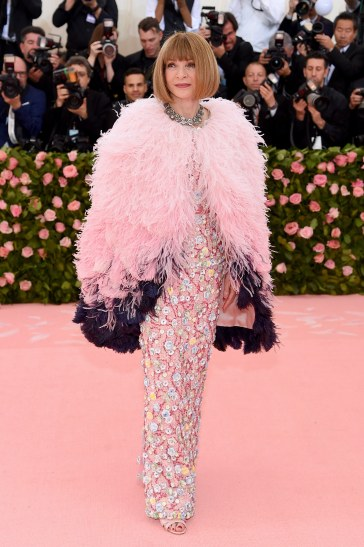 Anna Wintour in Chanel Spring 2019 Couture-2