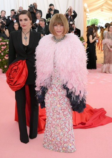 Anna Wintour in Chanel Spring 2019 Couture-5
