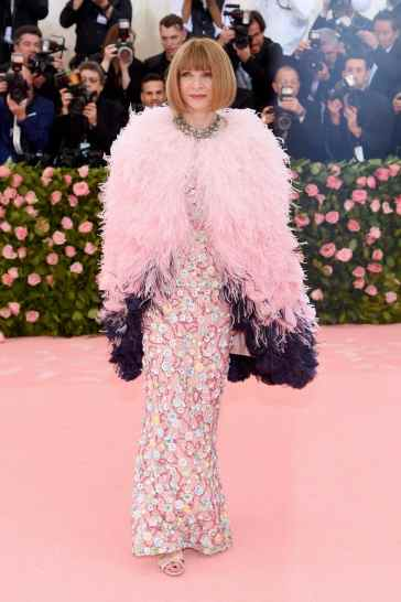 Anna Wintour in Chanel Spring 2019 Couture