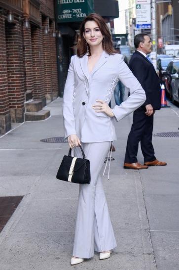 Anne Hathaway in Adeam Resort 2019-1