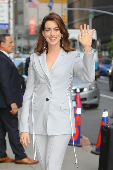 Anne Hathaway in Adeam Resort 2019-3