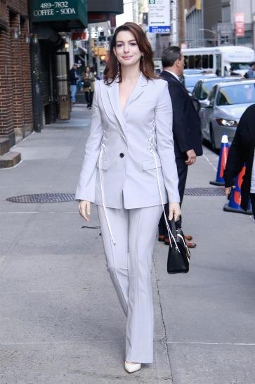 Anne Hathaway in Adeam Resort 2019-4