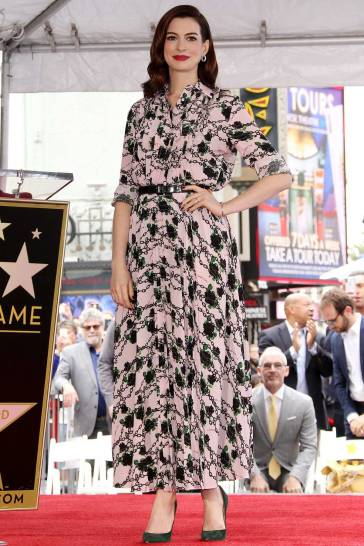 Anne Hathaway in Valentino Fall 2019-2