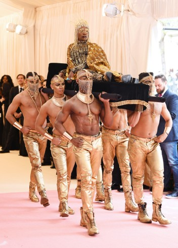 Billy Porter in The Blonds-3