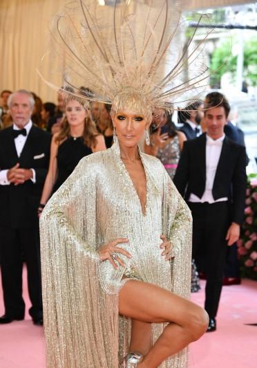 Celine Dion in Oscar de la Renta-1