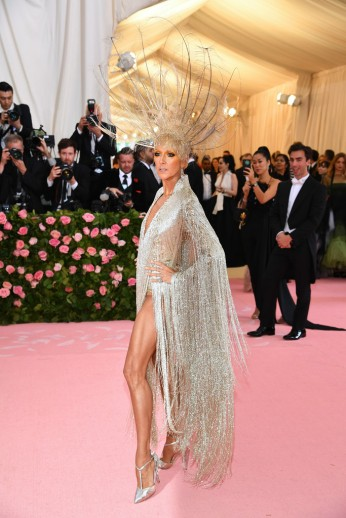 Celine Dion in Oscar de la Renta-2
