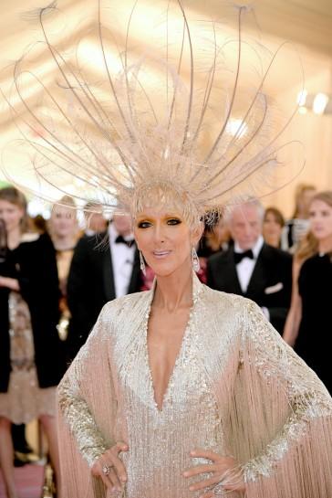 Celine Dion in Oscar de la Renta-4