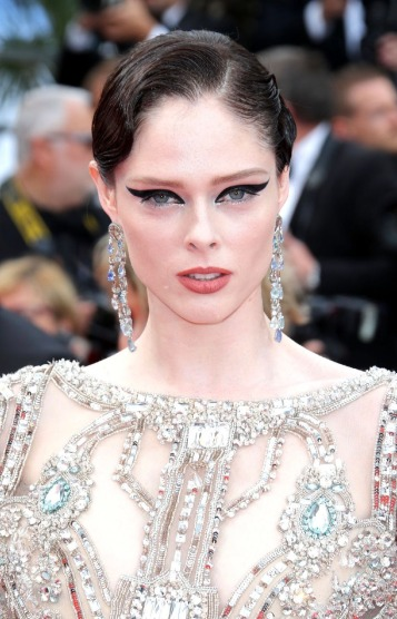 Coco Rocha in Elie Saab Spring 2018 Couture-1