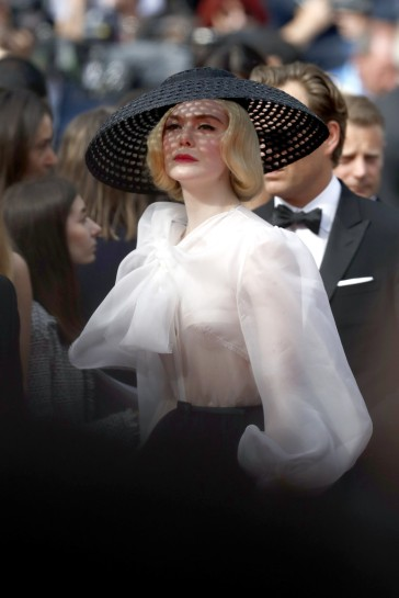 Elle Fanning in Dior-16